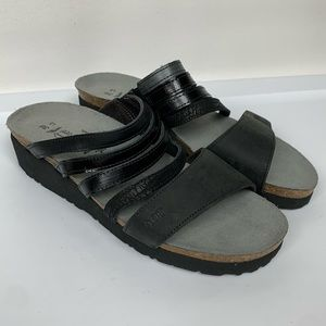 NWOB Naot Sz 5/36 Low Wedge Sandals